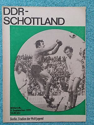 1977 - EAST GERMANY v SCOTLAND PROGRAMME - INTERNATIONAL FRIENDLY