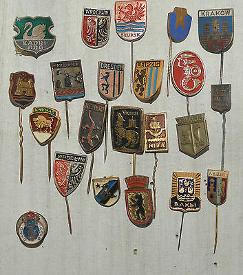 Set 22 pin badges Heraldry and coat of arms of European cities