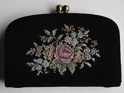 Vintage Embroidered Small Purse / Card Holder ••