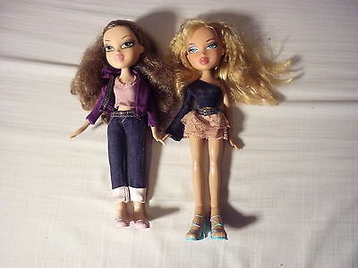 2 bratz dolls denim jeans