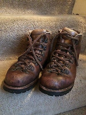 Scarpa Mountaineering Boots size 6.5 womens