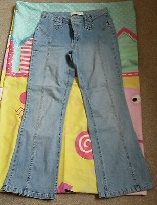 VINTAGE STRETCH JEANS. SIZE 10s. FROM THE 1980s.