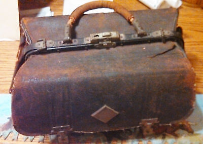 Late 1800's Early 1900's All Leather Doctors Medicine Bag