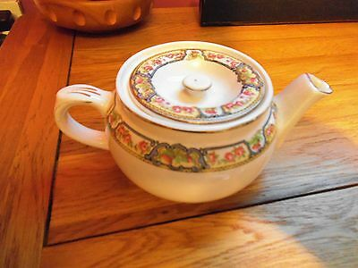 small Alfred Meakin teapot