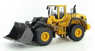 Motorart Volvo L250G Loader - Forked Bucket Die-cast 1:50 Scale Model RRP £84.99