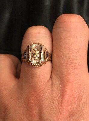 5.67 Gram 10K Yellow Gold Class Ring Champaign High School IL 1961 Size 9.5 Men