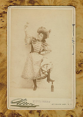 Original 1800s Irene Perry Cabinet Card by Napoleon Sarony