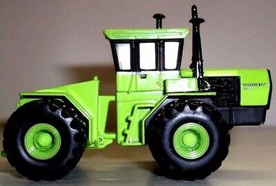 STEIGER PANTHER lV KM 325 TRACTOR DIECAST SCALE 1/64 NEW