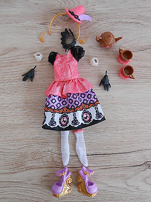 Ever After High Cedar Wood teatastic teetastisches Outfit inkl. Handschuhe
