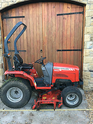 2007 Massey Ferguson 1523 Compact Tractor with mid mounted mower
