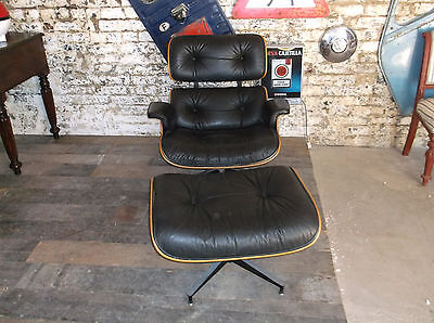 Herman Miller Lounge chair and Ottoman 670/671 all original vintage 1970
