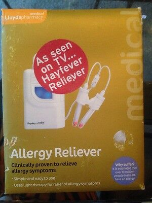 BNIP Lloyds Pharmacy Allergy Reliever - Light Therapy - Dust Pollen Pet RRP £15