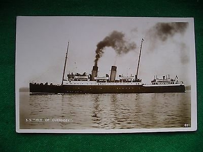 Steamship      S S Isle Of Guernsey     Southern Railway     Vintage Postcard
