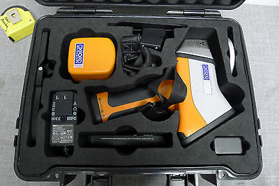 Oxford Instruments XRF Handheld Analyzer X-Met-8000 Alloy #