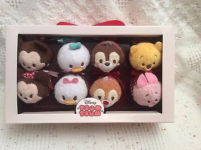 Disney Valentine 8 Mini Tsum Tsums Box Set Mickey Minnie Daisy Donald Chip Dale
