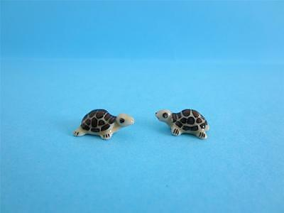 New Dollhouse Super Mini Two Cute Baby Turtle Figurine, Come W/ Box *mint*