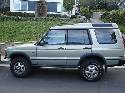 2002 Land Rover Discovery SE 2002 Land Rover Discovery II SE, Lifted + Diff Lock. 180k miles.