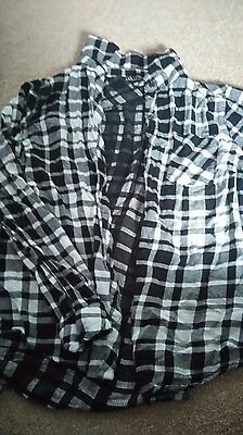 Girls (Age 12) Black and white shirt-New Look
