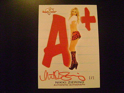 2012 Benchwarmer Hot for Teacher Nikki Ziering A+ AUTO RED Ser# 1/1 PLAYMATE