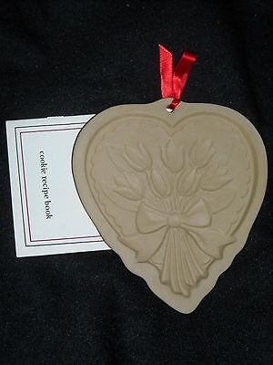 New Brown Bag Cookie Mold Heart With Tulip Bouqet (7696)