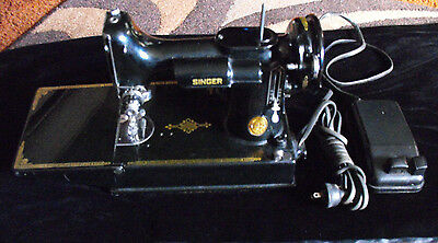 1947 SINGER Featherweight Portable Electric Sewing Machine w/Case & Extras 221-1