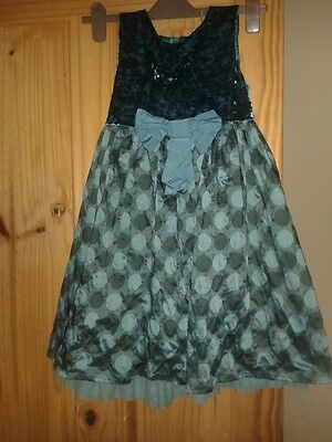Girls party dress age 7 years