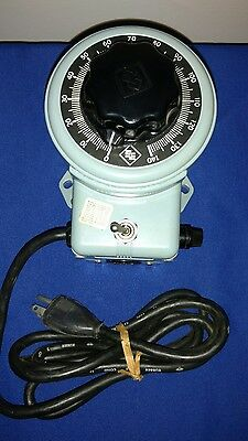 Powerstat  3PN116B 10Amps 1.4KVA 120 in 0-140 out, Variable Autotransformer