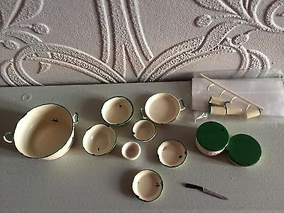 12th scale  job lot mixed  items( FFF) dolls house mixed items reduced
