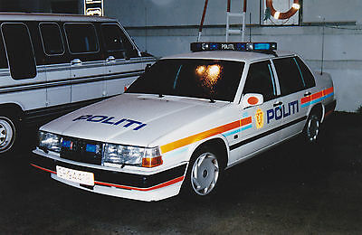 Older Police Vehicle Photos From Overseas Police Forces