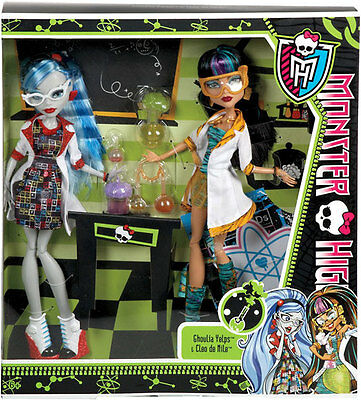Monster High Lab Partners Ghoulia Yelps & Cleo de Nile -Brand New in Box!