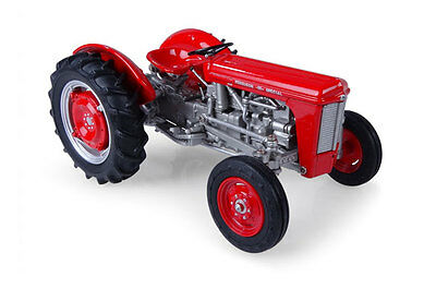 Universal Hobbies - Uh4992 Massey Ferguson 35 'special' Tractor 1:32 Scale