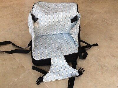 Portable baby / child travel booster seat