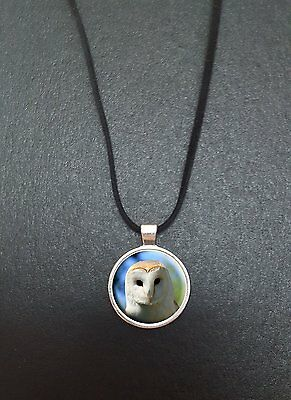 """Barn Owl Pendant On a 18"""" Black Cord Necklace Ideal Birthday Gift N98"""