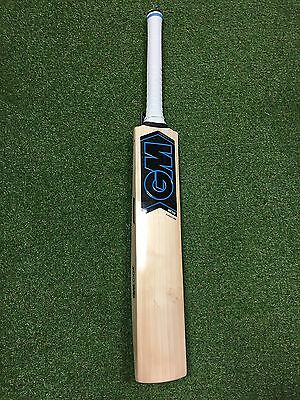 Gunn & Moore Neon L540 DXM Signature Cricket Bat 201 English Willow  2lb 10.9ozs