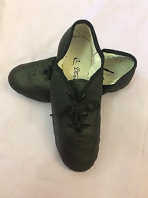 Black Dance Shoes Leather. Aus Size 4. Worn Once. Very Good Condition