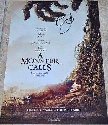 "Felicity Jones Signed 12"" x 8"" Colour Photo A Monster Calls Star Wars Rogue One"