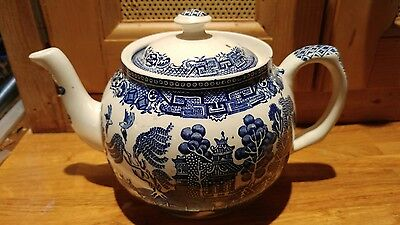 Vintage Old Willow Blue White Teapot Tea Party Wedding
