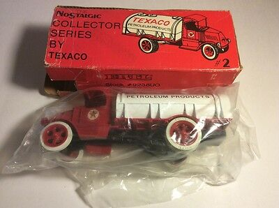 New 1985 Vintage Texaco 1926 Mack Tanker Coin Bank Collector's Series