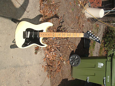 Charvel model 1A 1986 vintage guitar plays great !!!!