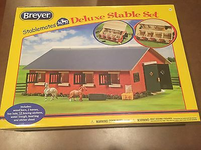 New In Original Box Stablemates Breyer Deluxe Stable Set 59918