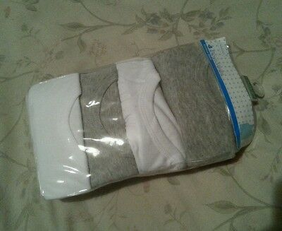 BNWT 4 Pack boys Primark cotton rich vests 9/10 years