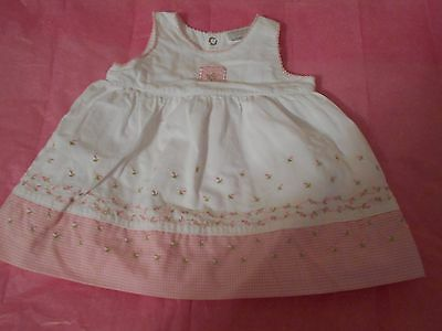 girls 0-3 mo. summer dress in white and pink checks with embroidery