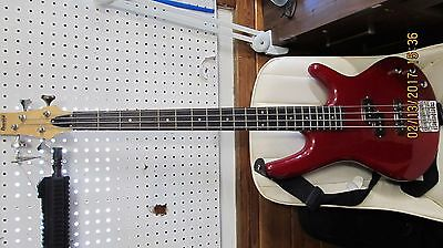 Ibanez Soundgear Gio GSR 200 Electric Bass Guitar with soft case