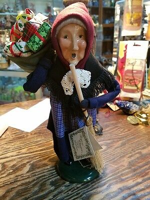 Byers Choice Caroler CRIES OF LONDON OLD BEFANA CHRISTMAS WITCH  *Brand New*