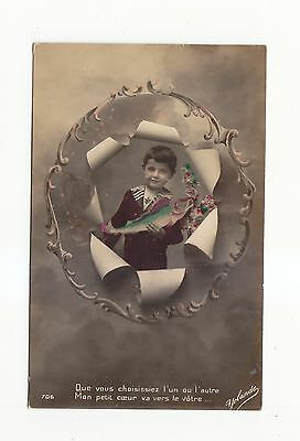 CHARMING POSTCARD OF A BOY IN A ROUND FRAME HOLDING A FISH YOLANDE No 706