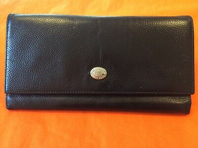 Vintage Burberrys ladies black leather purse