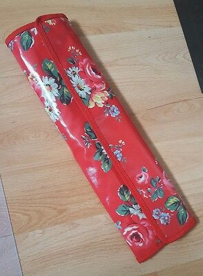 Cath kidston knitting needle case roll red floral inc. 8 pairs wooden needles