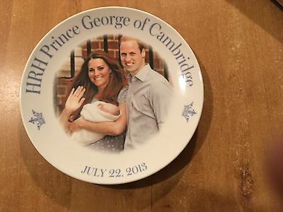 Commerative Plate Of The Birth Of H.r.h Prince George Of Cambridge 2013