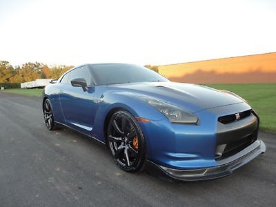 2009 Nissan GT-R Premium 2009 NISSAN GT-R GTR PREMIUM NAV 4 BRAND NEW TOYO TIRES WE FINANCE MAKE OFFER !!