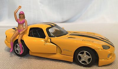 Scalextric slot car scenery, 1/32 pit babe and die cast Dodge Viper GTS